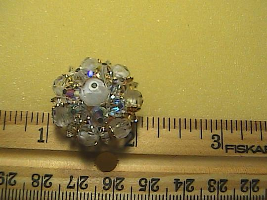 vintage Laguna Sparkly Cluster Rhinestone Clip on Earrings