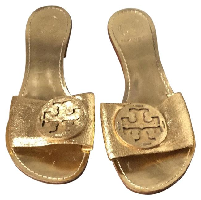 Item - Gold Mules/Slides Size US 8 Regular (M, B)