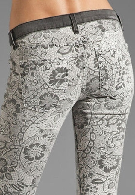 Current/Elliott The Ankle In Light Grey Lace Floral Skinny Jeans