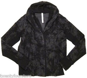 Lululemon Lululemon To Class Jacket In Sea Bed Black Deep Coal Print