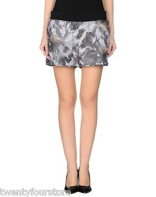 Preload https://img-static.tradesy.com/item/16451428/theory-young-shorts-in-floral-rave-mesh-grays-0-0-650-650.jpg