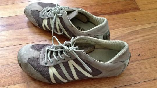 Tsubo Super Comfy Cute Sporty Kicks gray with pale yellow and pale green accents Athletic