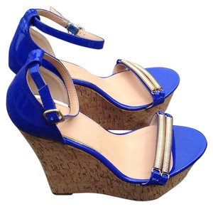 Scene Weaver Wedges