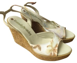 Russell&Bromley Russell&Bromley Floral Wedges