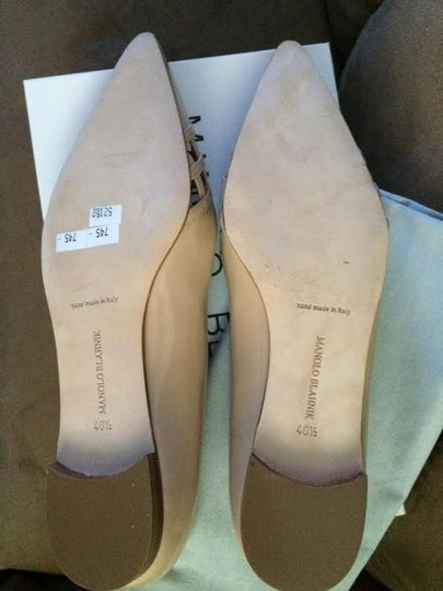 Manolo Blahnik Brown-Nude Flats