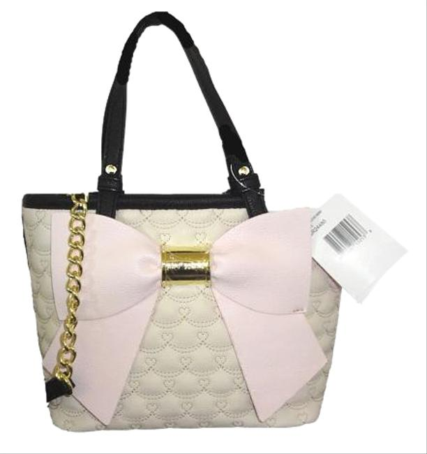 Item - Quilted Swag/ Mini Cross Body Pink Bow/Bone Faux Leather Satchel
