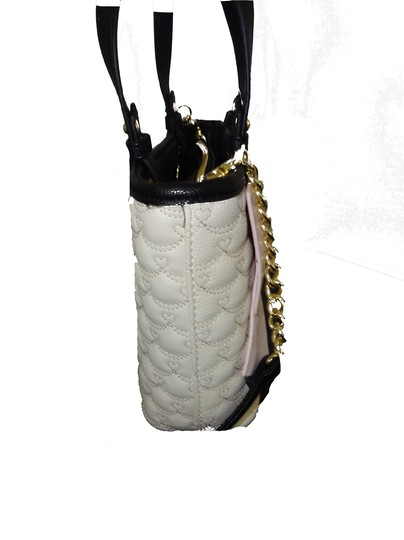 Betsey Johnson Quilted Swag Cross Body Satchel in pink bow/bone