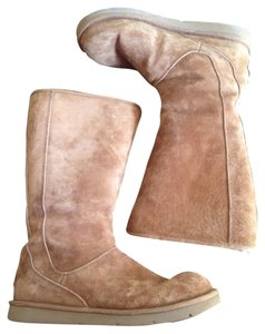 UGG Australia Brown Suede Boots