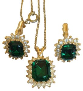 Fashion Jewelry For Everyone Emerald Necklace Earrings Jewelry Set
