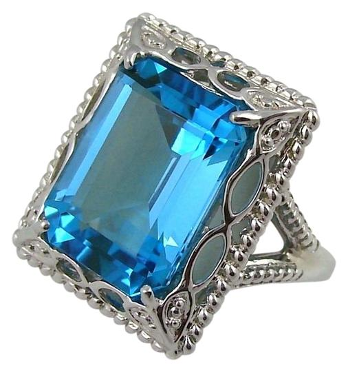 Preload https://img-static.tradesy.com/item/16455550/swiss-blue-topaz-11ct-sterling-silver-octagon-size-7-ring-0-1-540-540.jpg