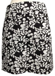 Ann Taylor LOFT Mini Skirt Black/white