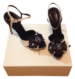 Rachel Roy Black & White Sandals