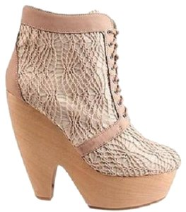 Messeca New York Crochet Boho Natural Leather Boots