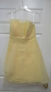 David's Bridal Canary Organza F14335 Feminine Bridesmaid/Mob Dress Size 6 (S)