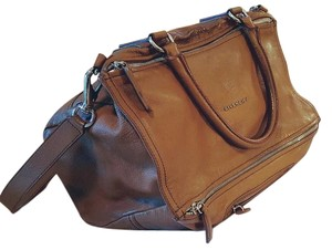 Givenchy Made In Italy Priced Low Practical Versatile Unbeatable Price Shoulder Bag