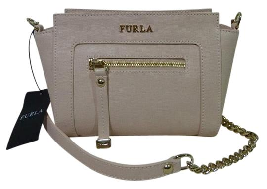 Preload https://img-static.tradesy.com/item/16461265/furla-magnolia-soft-small-ginevra-pink-saffiano-leather-cross-body-bag-0-1-540-540.jpg