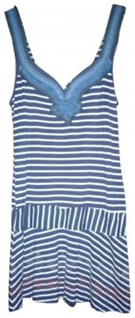 Preload https://item4.tradesy.com/images/free-people-navywhite-summer-above-knee-short-casual-dress-size-8-m-164618-0-0.jpg?width=400&height=650
