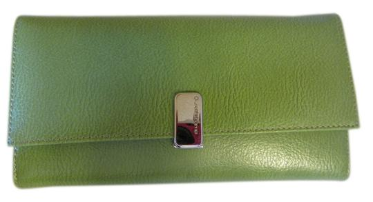 Liz Claiborne Id Place Leather Wallet Rich Elegant Wristlet in FRESH GREEN, APPLE GREEN Image 1