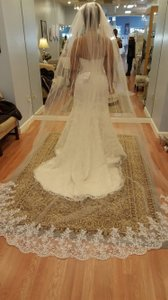 Bridal Cathedral 1 Tier Lace Veil Light Ivory With Comb