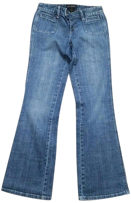 Preload https://img-static.tradesy.com/item/16463950/banana-republic-blue-light-wash-relaxed-fit-jeans-size-26-2-xs-0-7-650-650.jpg