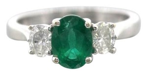 Lovely 1.21ct Oval Cut Green Emerald Diamond 18K White Gold Engagement Ring