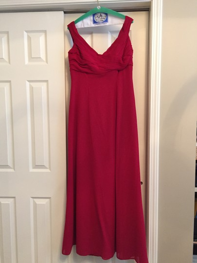 Belsoie Red Chiffon Formal Bridesmaid/Mob Dress Size 12 (L)