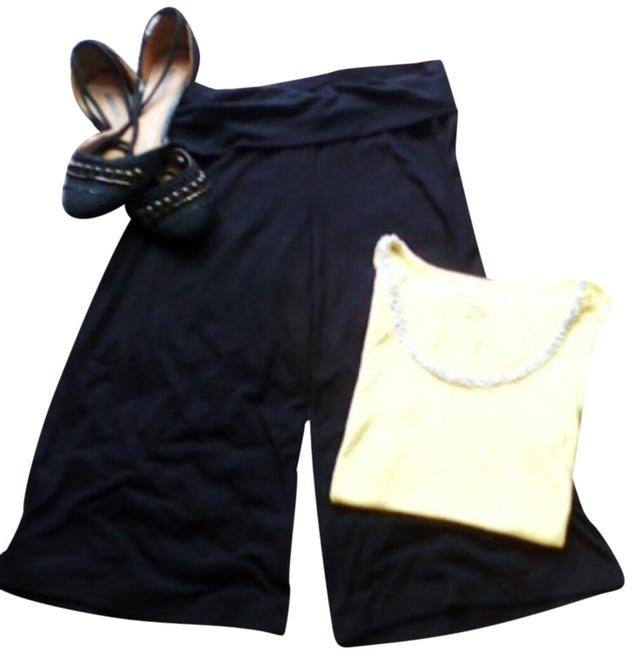 Preload https://img-static.tradesy.com/item/16467844/old-navy-black-culottes-capris-size-petite-6-s-0-6-650-650.jpg