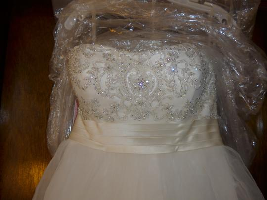 Casablanca Ivory Beadwork and Embroidery On Tulle #2035 Formal Wedding Dress Size 8 (M) Image 1