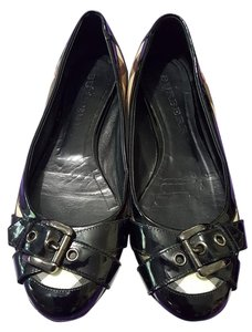 Burberry Black with Burberry print Flats