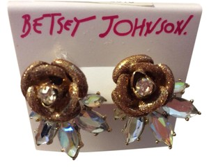 Betsey Johnson Betsey Johnson Goldtone Taupe Glitter Rose Earrings with Clear Stones