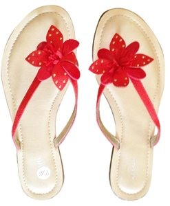 Alfani Flip Flop Beach Summer Casual red Sandals