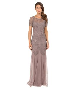Adrianna Papell Beige Short-sleeve Beaded Gown Formal Bridesmaid/Mob Dress Size 8 (M)