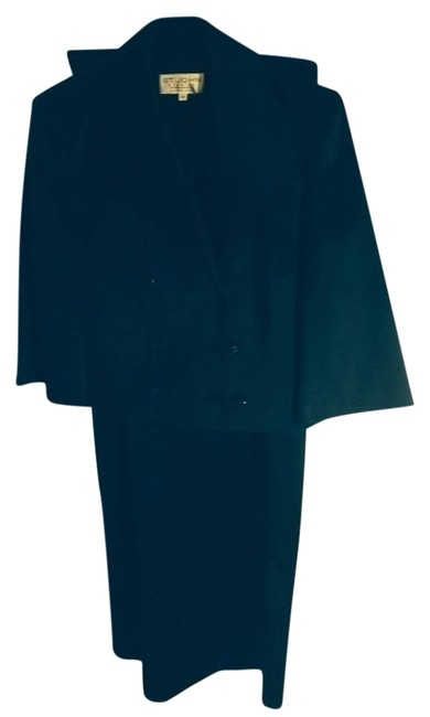 St. John 2 Piece Evening Attire Satin Sheen Sequine Buttons 3/4 Length Sleeve Size To Jacket Size 6 Skirt Dress