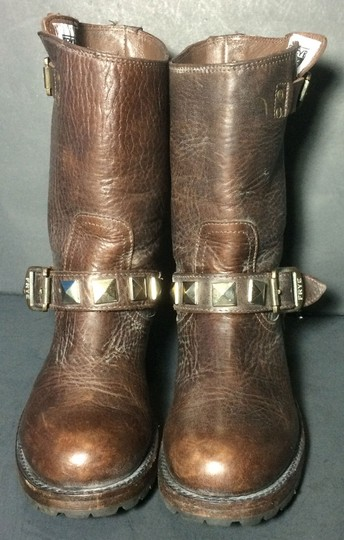 Frye 77199 Rogan Studded Size 5.5 Brown Boots