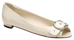 Gucci Womens Patent Leather Ivory Flats