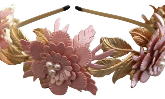 Item - Gold and Pink Hair Accessory