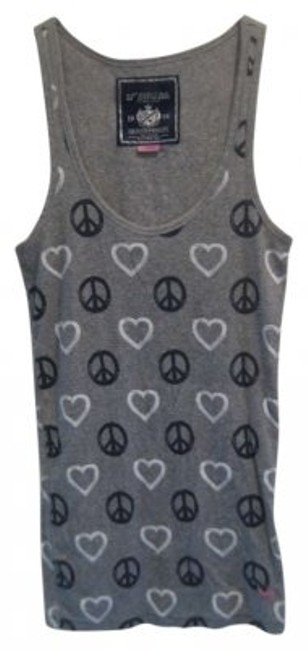 Preload https://item2.tradesy.com/images/pink-grey-hearts-peace-tank-topcami-size-12-l-164756-0-0.jpg?width=400&height=650
