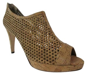 Vaneli Perforated Cork Peep Toe Beige Pumps