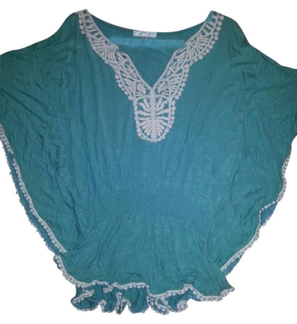 Preload https://item2.tradesy.com/images/kenar-turquoise-blouse-size-20-plus-1x-1647641-0-0.jpg?width=400&height=650