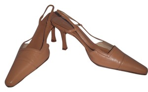 Martinez Valero Leather Neural Color Nude Beige Pumps