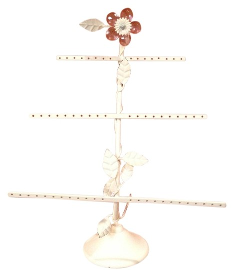Preload https://item4.tradesy.com/images/pottery-barn-white-teen-earring-and-jewerly-holder-1648203-0-0.jpg?width=440&height=440