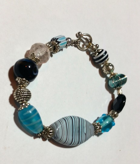 Handmade New Blue Black & Silver Handmade Glass Beaded Bracelet J3549