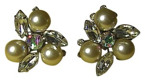Vintage Judy Lee Clip On Rrhinestone & Faux Pearl Earrings