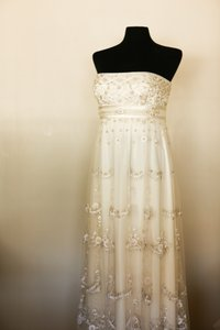 Reem Acra Ivory Silk Chiffon Formal Wedding Dress Size 8 (M)