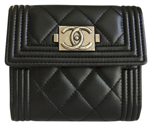 Chanel PAY ONLY $1300 W/Code. BRAND NEW CHANEL Le Boy BIFOLD LAMBSKIN WALLET #0025
