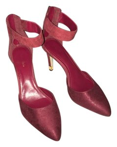 Calvin Klein Burgundy Pumps