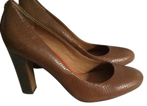 Coach heels Brown/darn tan Pumps