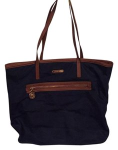 MICHAEL Michael Kors Tote in Navy/tan Trim