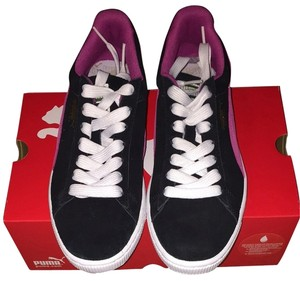 Puma Black Suede With Pink Stripe Athletic