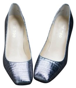 Me Too Penelope Metallic Pumps